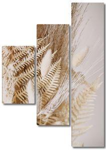 Лист папоротника с колосьями пшеницы