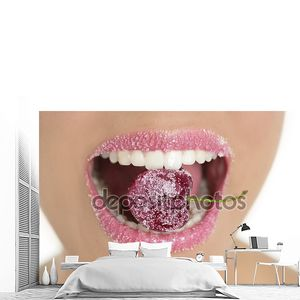 Вишни с сахаром в рот зубов женщина
