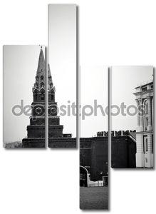 Московский Кремль в черно-белом цвете
