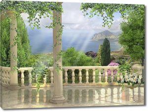 Терраса с колонами с видом на море