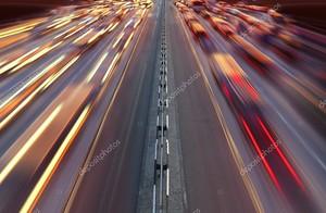 ночное движение времени на шоссе