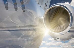 Частный реактивный двигатель Аннотация и облака