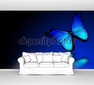 Бабочка Морфо синий на синем фоне