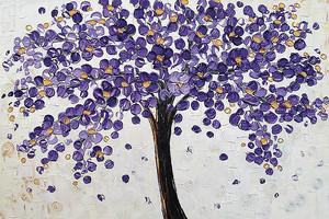 Дерево с кроной из фиолетовых цветов