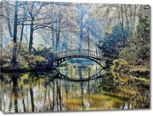 Осень - старый мост в туманный осенний парк