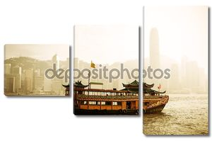 Панораму Гонконга с лодки