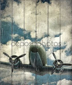 Старый военный самолет