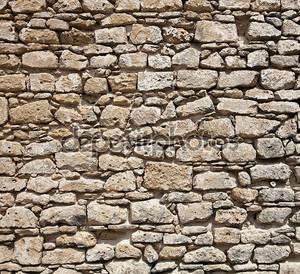 Стена камней