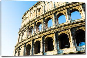 Колизей в Риме, Италия.