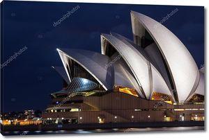 Сиднейская Опера в сумерках