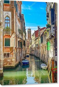 город Венеция, Водоканал, отель campanile церковь и традиционных зданий. Италия