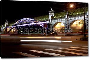 Ночной вид мост в Москве