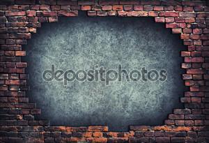 Старая кирпичная стена.
