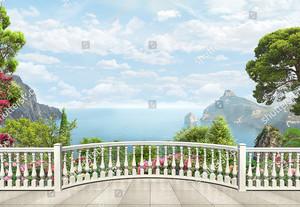 Просторный вид с террасы на море