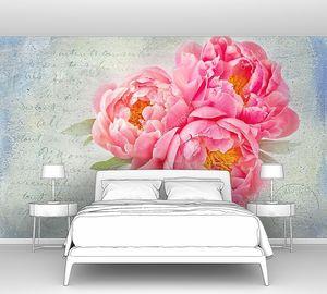Розовые пионы на фоне с надписями