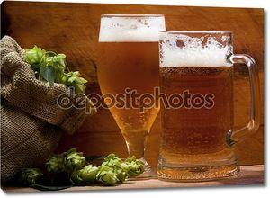 Пиво с мешком хмеля