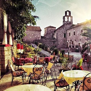 Черногория, уличные кафе