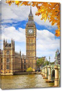 Башня парламента на набережной