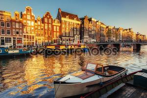 Красивый вечер в Амстердаме