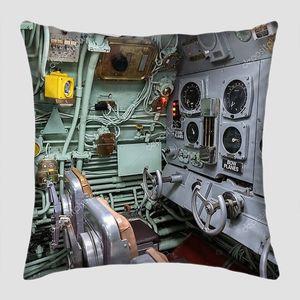 НЬЮ-ЙОРК-Сити, США - 29 марта 2020 года: подводный корабль USS Growler в Нью-Йорке Citys Intrepid Sea, Air and Space Museum Complex, Нью-Йорк, США
