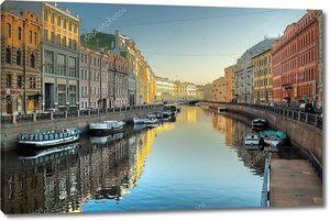 Вид на канал в Санкт-Петербурге