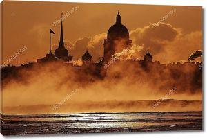 Набережная Санкт-Петербурга в облаках ночью