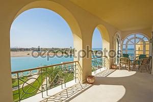 Балкон роскошная вилла с видом на море
