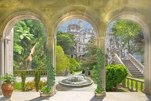 Веранда с колоннами и фонтаном