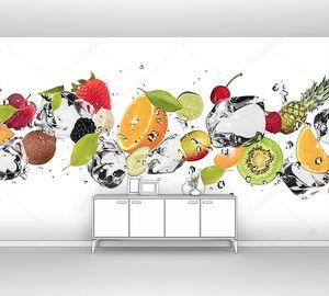 Кусочки фруктов со льдом