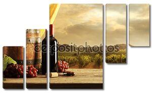 Вино на фоне прекрасного пейзажа