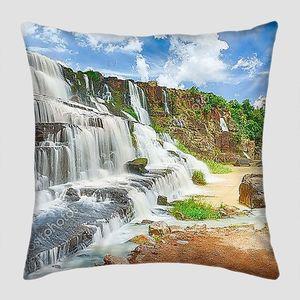 Водопад во Вьетнаме панорама