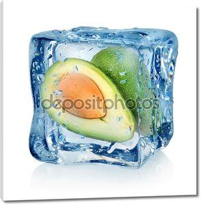 Авокадо в кубик льда