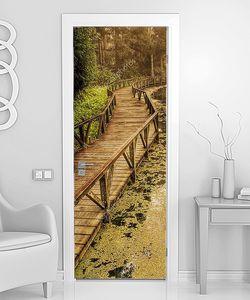 Мостки над болотистым местом