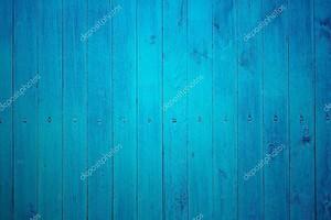 частью синий деревянный забор