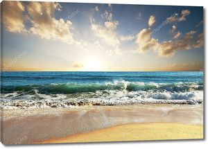 Морской закат во время прилива