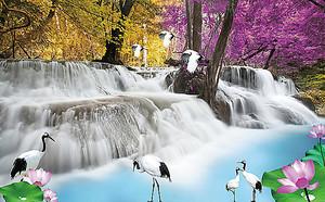 Невысокий водопад