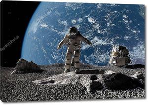 Астронавт на луне
