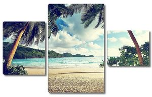 Солнечный день на пляже