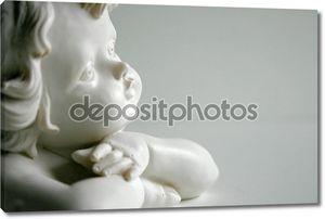 Статуя Купидона