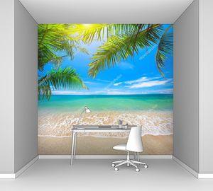 Пляж со спокойным морем