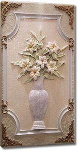 Цветы и ваза из благородного камня