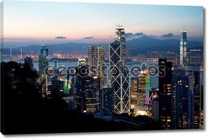 Центральный район небоскребов на закат, остров Гонконг