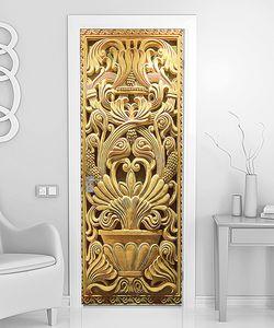 Резная дверь
