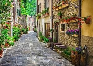 итальянская улица  23 июня 2014: