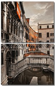 Венецианский канал в монохроме
