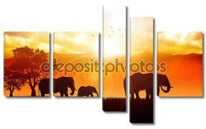 Силуэты семьи слонов