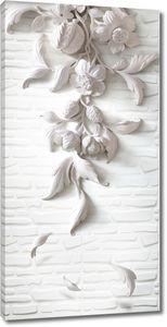 Гипсовые 3D цветы на каменной стене