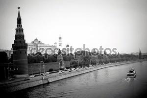 Черно-белый Кремль