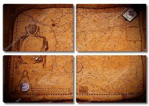 Старинные карты и компас