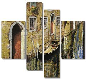 Венеция, лодочки в канале